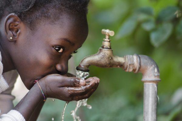 water drinken in Afrika