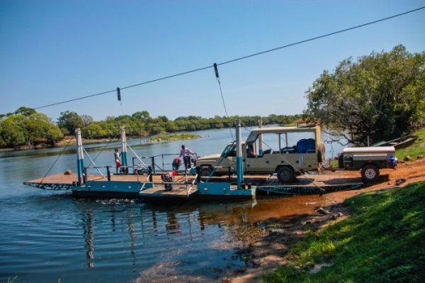het voertuig waarmee de west zambia reis wordt gereden